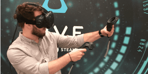 Vive In Play